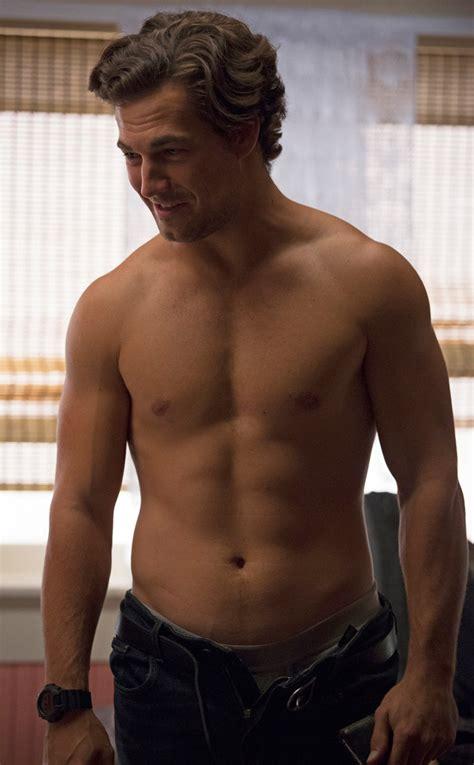 actor grey s anatomy 11 amazing times grey s anatomy objectified its men photos