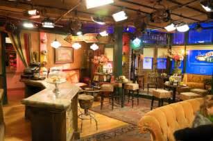 sitcom sets famous tv set of quot friends quot kim d s flickr