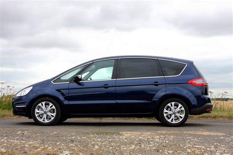 Ford S Max by Ford S Max Estate Review 2006 2014 Parkers