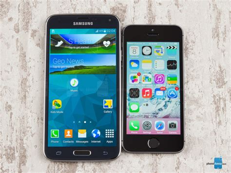 apple s5 mobile apple inc aapl iphone 5s outsold galaxy s5 best