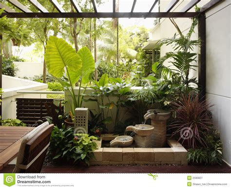 Garden Style Home Decor Interior Design Garden Stock Image Image Of Wall Contemporary 2595827