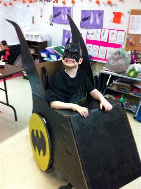 impressive costumes  wheels  blow  costumes