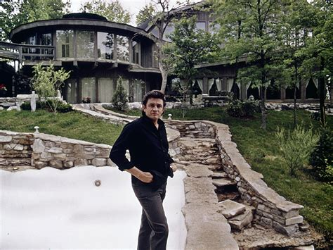 johnny cash house johnny cash home sale johnny cash tennessee home