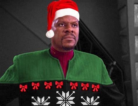 christmas star trek tng picard voyager janeway sisko ds  wouldve      class