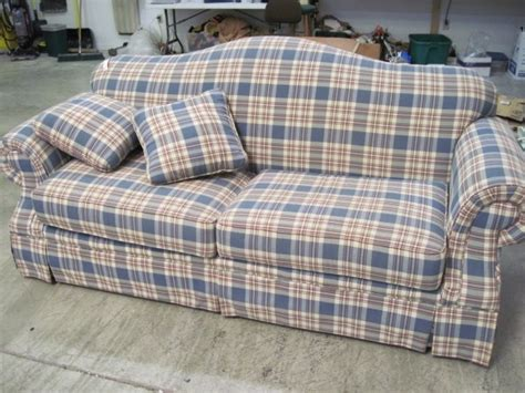 broyhill roll arm light blue sofa plaid for the home