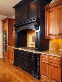 Two Tone Cabinets Kitchen Pictures Of Kitchens Traditional Two Tone Kitchen Cabinets Page 8