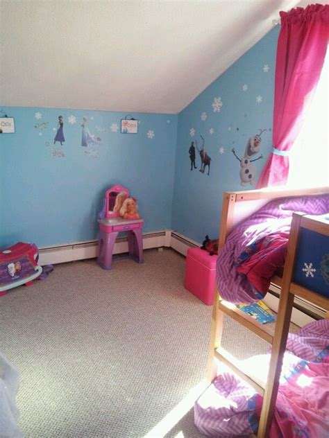 frozen themed bedroom frozen room girls bedroom pinterest frozen colors