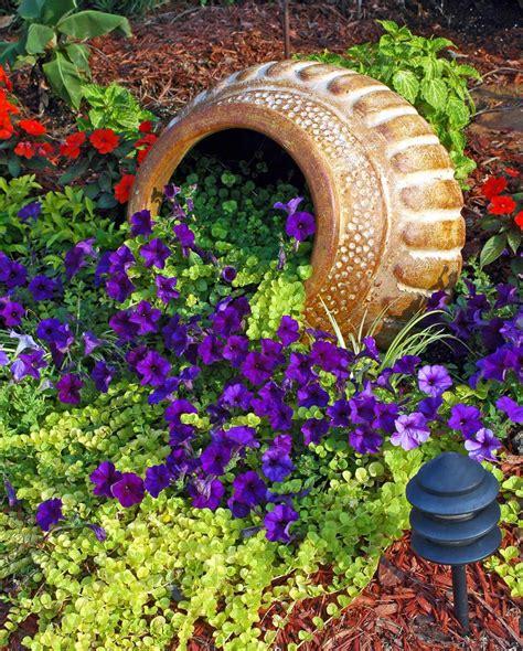 casa di fiori un vaso di fiori originale in giardino 13 fantastiche
