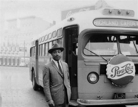 MLK-Bus-Boycott-620x480 - Black Enterprise Us Small Business Administration Grants