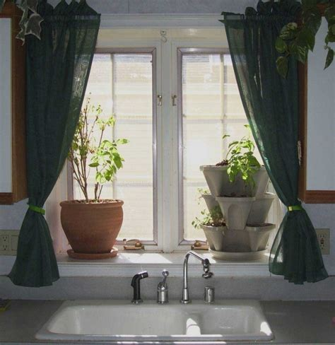 looking for kitchen curtains a bunch of inspiring kitchen curtains ideas for getting