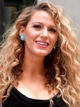 celebrities with perms best 25 blake lively hairstyles ideas that you will like
