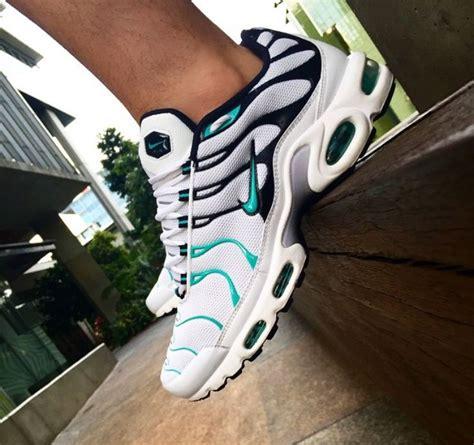 Sepatu Nike Air Rosherun 18 Olahraga Sneaker Running 375 best images about kicks on air max 90 discount and nike roshe run