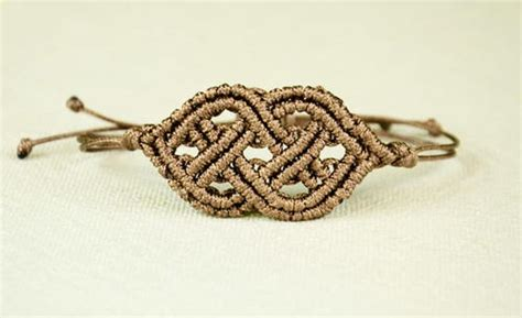 Macrame Celtic Knots - celtic knot macrame bracelet allfreejewelrymaking