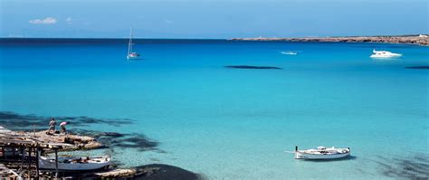 vacanze spagna vacanze spagna e grecia sono le top destination momento