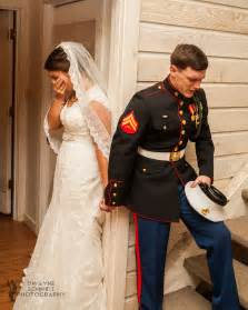 viral wedding photo of a marine praying with his soon to