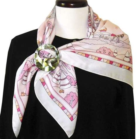 playful scarf rings and scarf pendants touraine paris