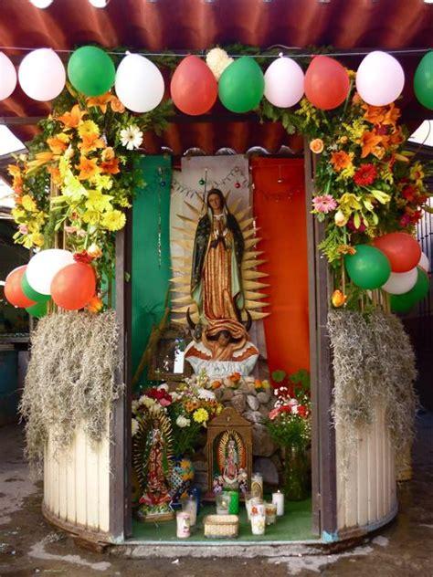 arreglo con globos para altar virgen de guadalupe la virgen de guadalupe altar a la virgen de guadalupe