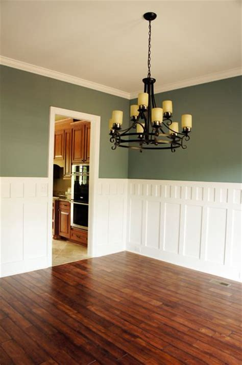 wainscoting in the dining room classic but pub rail