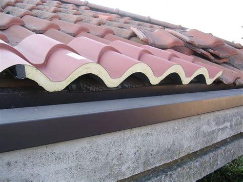tettoia coibentata copertura tetto coibentato coprire il tetto copertura