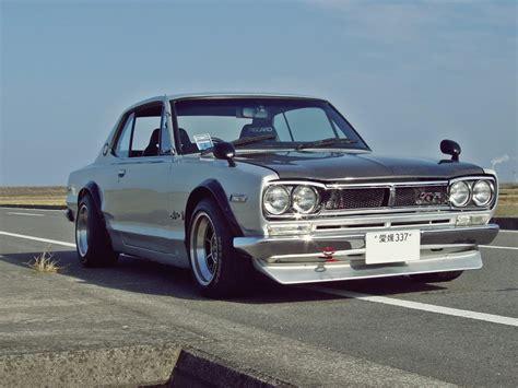 Nissan Skyline 1970 drift   YouTube