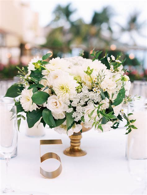 wedding flowers oahu roots oahu hawaii florist centerpieces