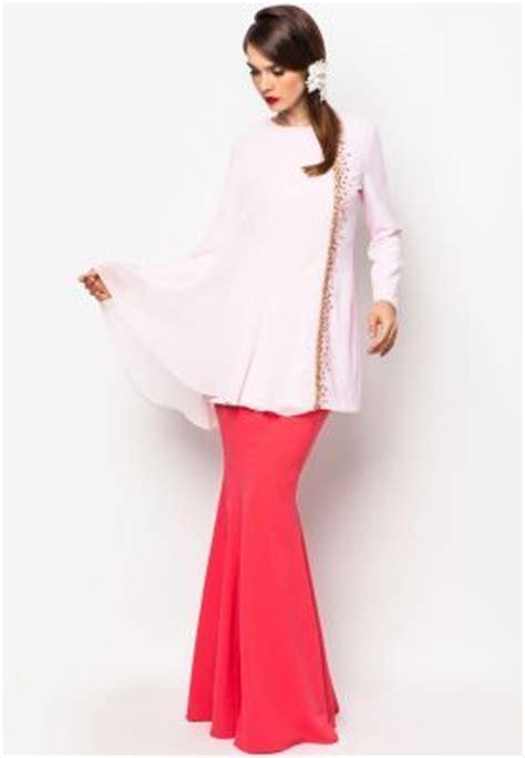 Baju Melayu Teluk Belanga Nikah 27 best images about baju kurung teluk belanga on scallops search and malaysia