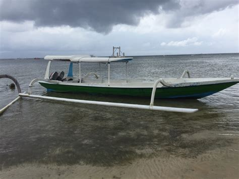 best boat from sanur to nusa lembongan bali to nusa lembongan via boat rolling along with kids