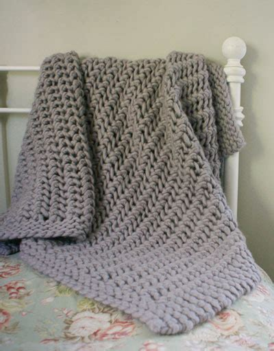 knitting pattern throw chunky lacy chunky throw images frompo