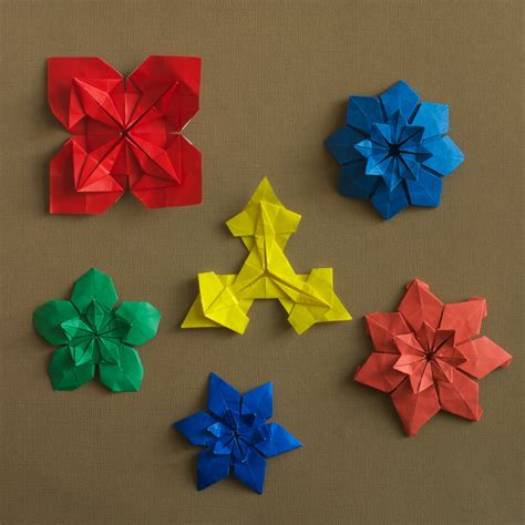 Flat Origami Designs - origami how to make paper tropical flowers steps with
