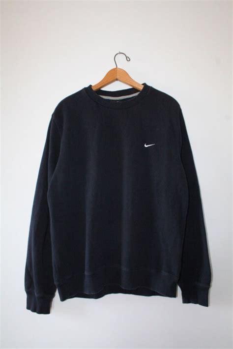 crewneck nike sweatshirt