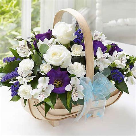 wedding anniversary flower by year anniversary flowers wedding anniversary flowers flowers magazine