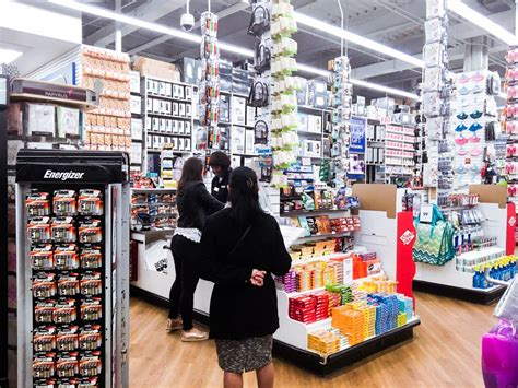 Bed Bath And Beyond Returns by Bed Bath Beyond Stores In Trouble Pictures Review