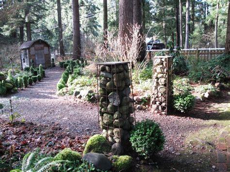 pillars winter garden debra prinzing 187 post 187 hoe hoe hoe vintage garden