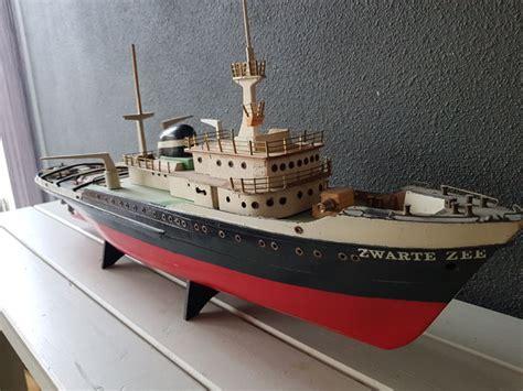 sleepboot zwarte zee 4 houten sleepboot de quot zwarte zee quot catawiki