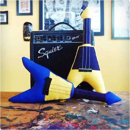 Where Can I Get A Guitar Center Gift Card - 21 clever gifts for guitar players dodo burd