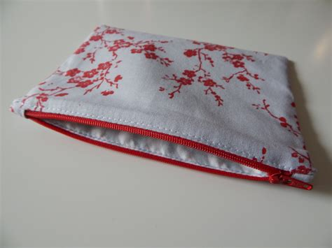 Easy Zippered Pouch Pattern | learn to sew free easy zippered pouch tutorial