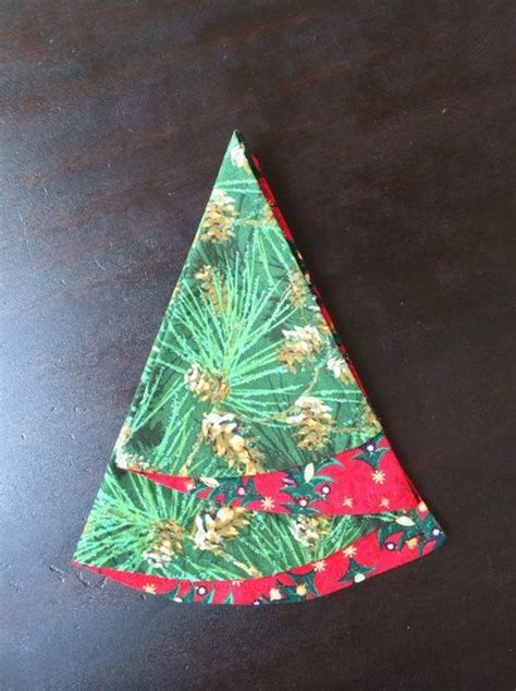 half circle christmas tree napkin pattern 1000 images about napkins on pinterest christmas trees