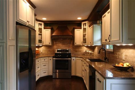 Crown Point Kitchen Cabinets Maple Flat Panel With Applied Trim Schmidt Custom Cabinetry