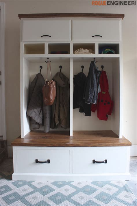mudroom lockers with bench mudroom lockers with bench free diy plans