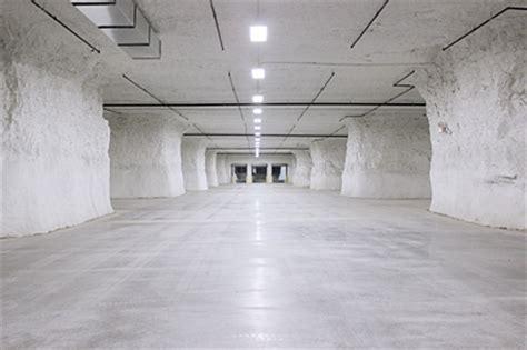 foodservicewarehousecom moves  underground dc