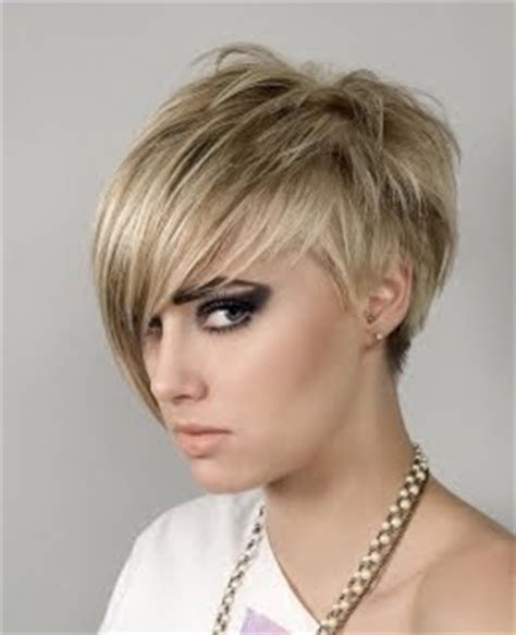 pixies with choppy bangs trend hairstyles for women 2010 2010 short choppy pixie