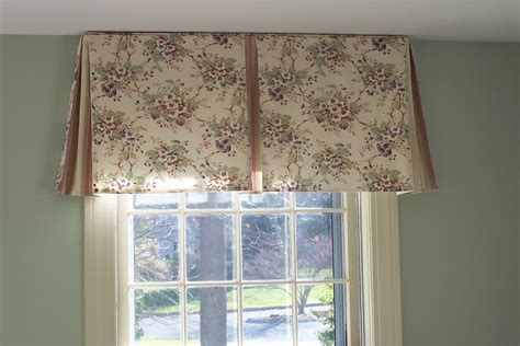 Box pleat valance box pleat valance with contrast fabric i flickr