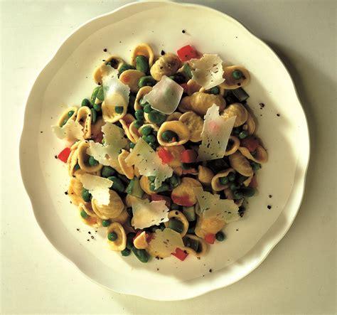 cucinare orecchiette ricetta insalata di orecchiette la cucina italiana