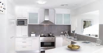 all white kitchen ideas t 233 ma biela kuchyňa n 225 pady inšpir 225 cie www stavba az sk