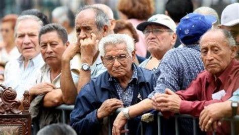 cual sera el aumento a jubilados en argentina noticias en sociedad jubilados se organizan para marchar