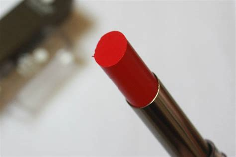 matte lipstick definition lakme envy absolute sculpt studio hi definition matte