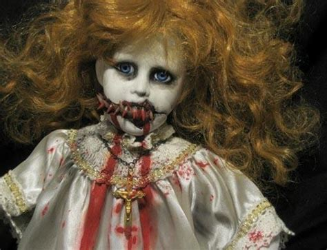 creepiest dolls from horror movies that will scare you image gallery scarey dolls