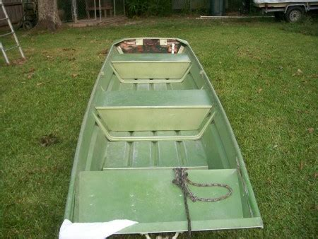 olive drab aluminum boat paint painting an aluminum boat waterfowl and duck hunting in