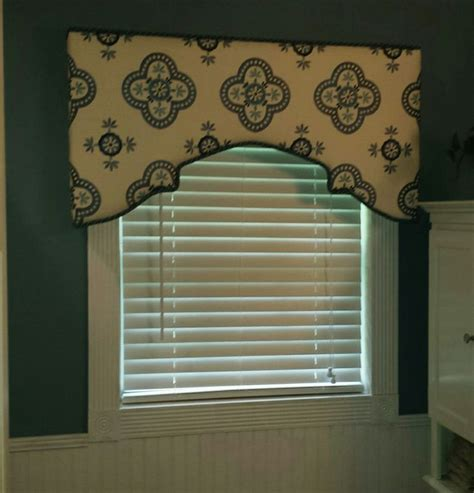 Upholstered Window Cornice 90 Best Images About Cornice On Window