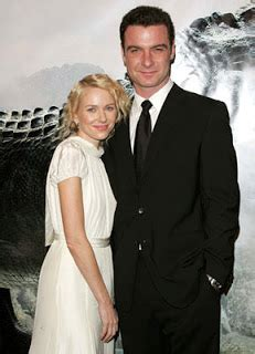 Watts To Get Married Before She Gives Birth watss and liev schreiber to before she gives